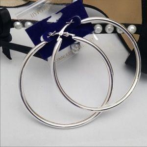 Jewelry - Statement Hoop Earrings 🌺